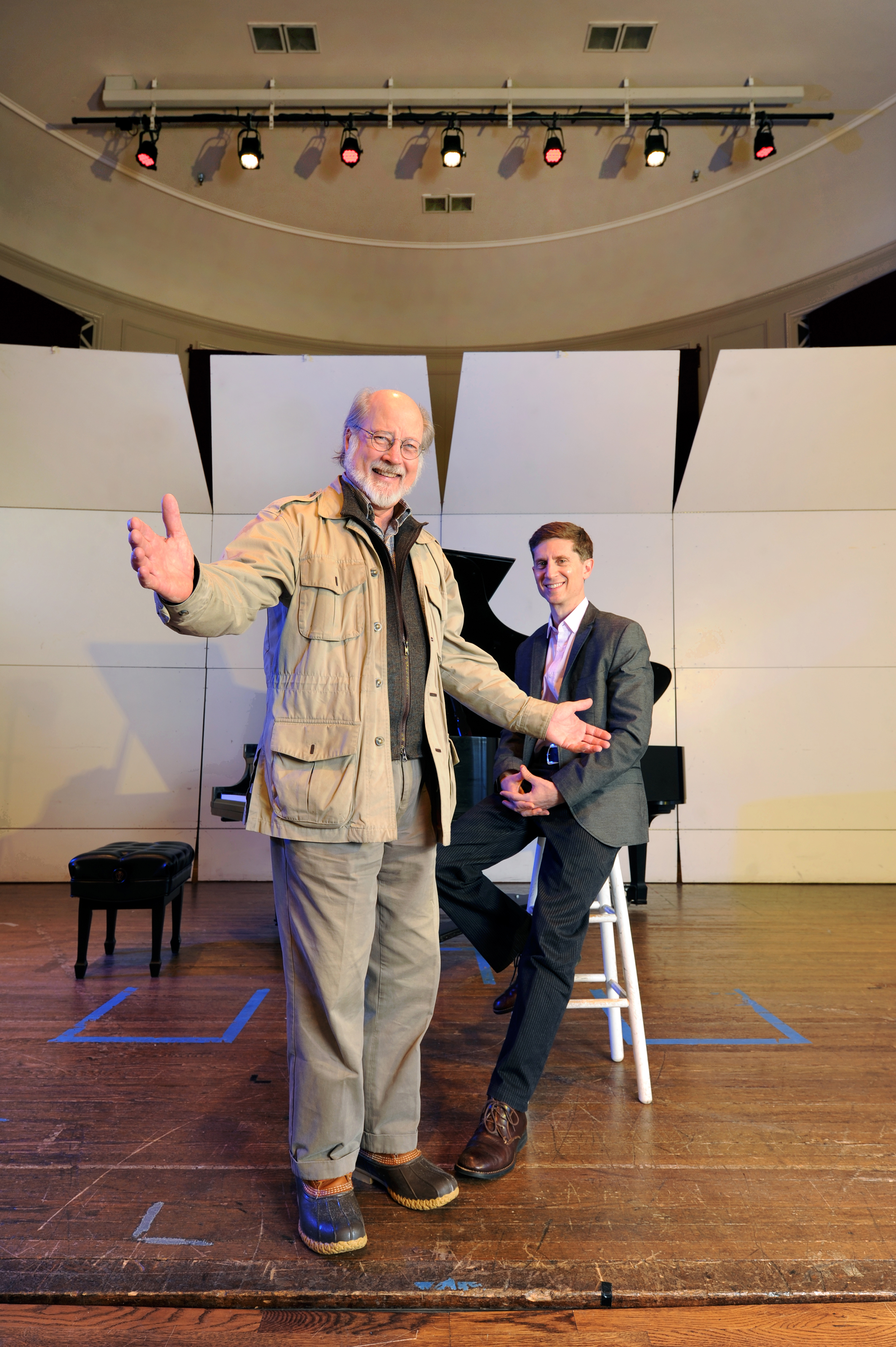 Simpson (foreground) with Katz (seated). Katz calls popular music classes 'relevant, substantive and meaningful.' (photo by Donn Young)
