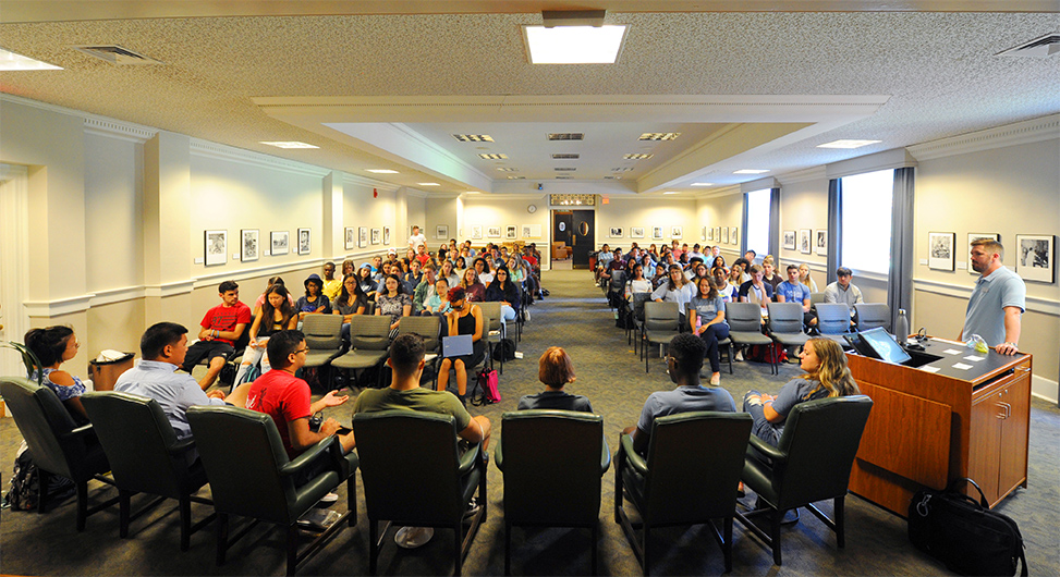 Lookout Scholars gather for an orientation presentation in Wilson Library.